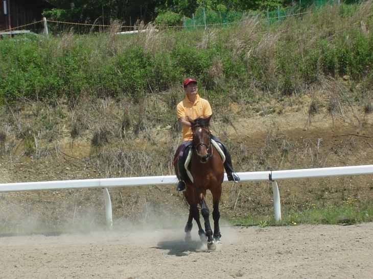 理事長も騎乗を楽しむ